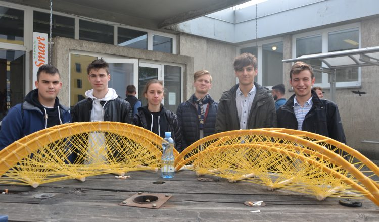 ŠC Krško-Sevnica z dvema projektoma med tremi najboljšimi srednjimi šolami