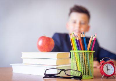 Ali nadarjeni otroci potrebujejo posebne šole?